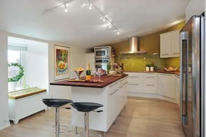 Swedish-Residence-05-Contemporary-Kitchen-Tables