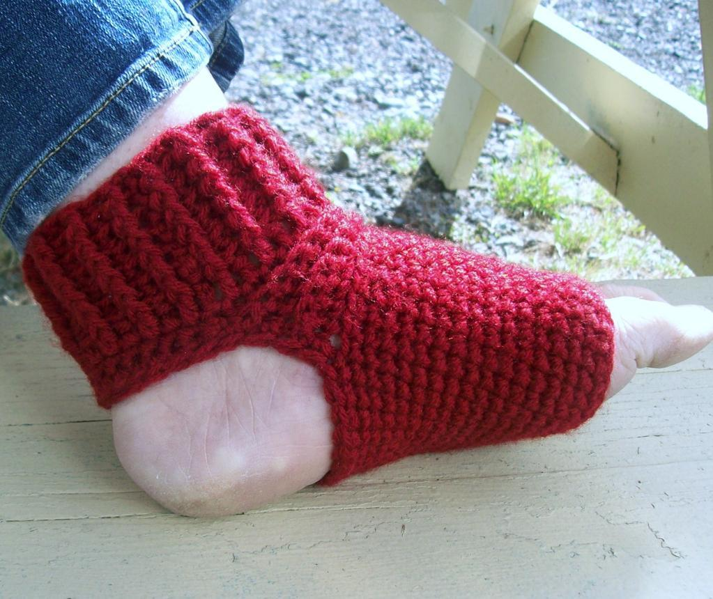 Easy Knitting Pattern For Yoga Socks : crochet yoga socks http://lomets.com